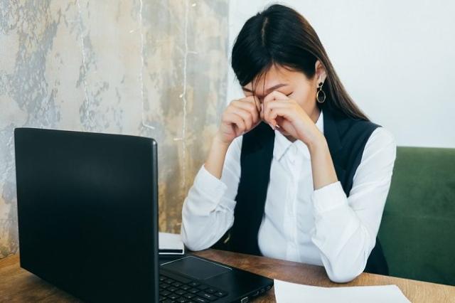 Waktu Online Bertambah Selama Pandemi, Hati-Hati Hal Ini Bisa Bikin Stres!