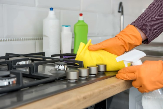 Jaga Kebersihan Lingkungan Rumah, Mulai Dengan Rutin Bersihkan 3 Ruangan Ini!