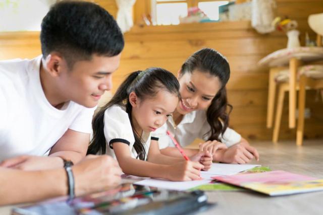 Mengenal 3 Peran Penting Orang Tua Terhadap Pendidikan Anak