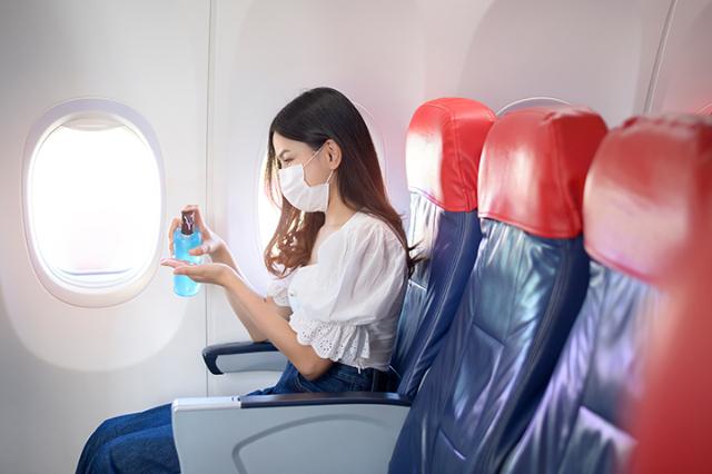 Deretan Aktivitas Tinggi Risiko Paparan Covid-19, Termasuk Selama di Pesawat