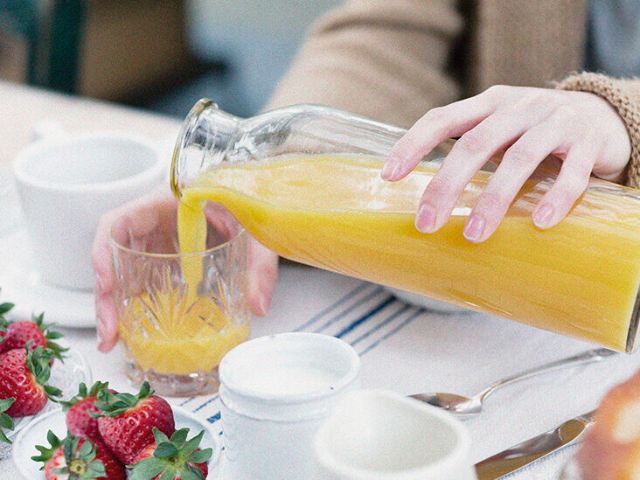 Ini Cara Pilih Suplemen Vitamin C, Bagimu yang Punya Masalah Asam Lambung!