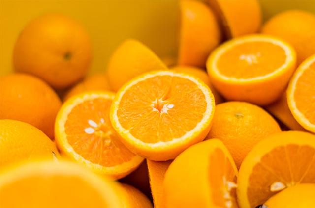 Konsumsi Vitamin C Saat Puasa Tanpa Nyeri Lambung? Ini Caranya!