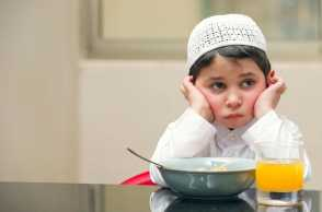 5 Tips Cegah Anak Sakit Selama Puasa, Wajib Moms Ketahui Nih