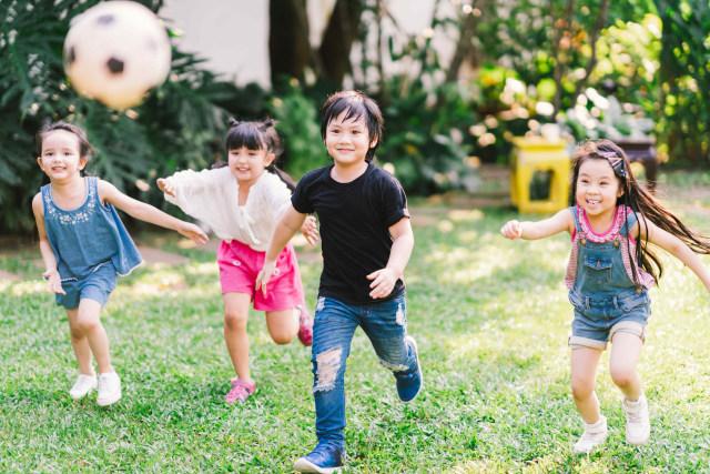 7 Ciri Anak Sehat yang Perlu Diketahui. Apakah Si Kecil Sudah Milikinya?