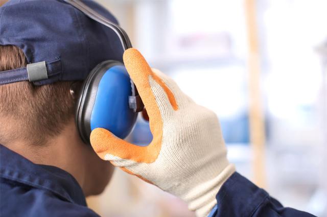 Kecelakaan Kerja: Deretan Penyebabnya yang Wajib Diperhatikan