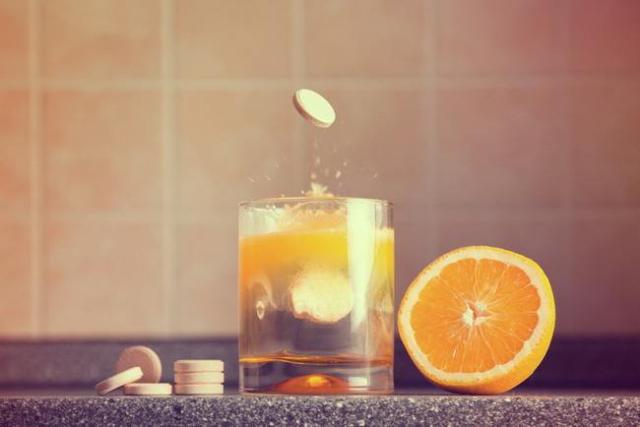 Yuk, Kenali 5 Keunggulan Vitamin C Dalam Bentuk Tablet Effervescent!