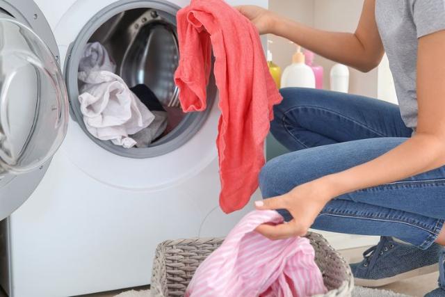 Minimalisir Risiko Infeksi, Ini 4 Tips Jaga Kebersihan Pakaian Selama Pandemi