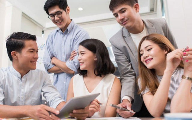 5 Etika Komunikasi Dengan Rekan Kerja. Gosip Perlu Dihindari!