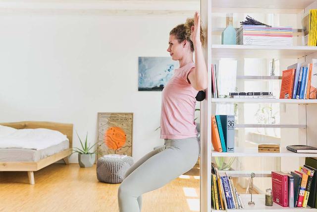 5 Gerakan Olahraga di Rumah, Efektif Tingkatkan Energi dan Imunitas