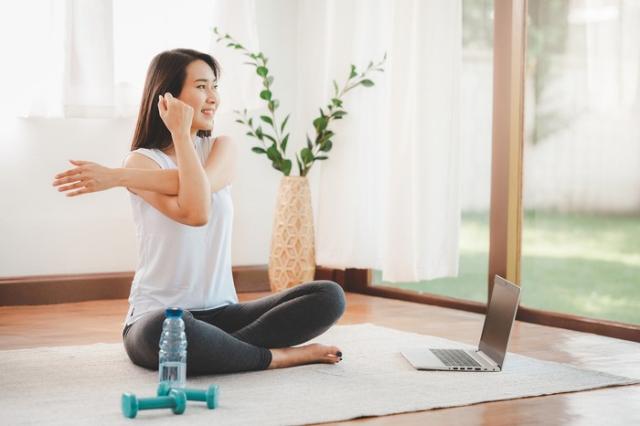 Workout Di Rumah, Yuk! Tapi, Perhatikan Dulu 5 Hal Ini