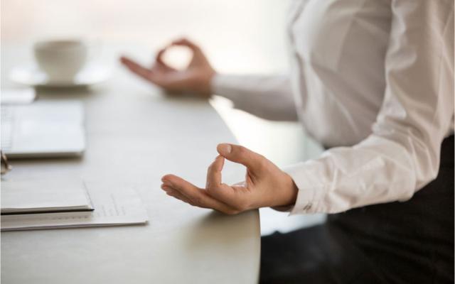 5 Jenis Meditasi yang Bisa Dilakukan Di Mana Saja, Minat Mencobanya?
