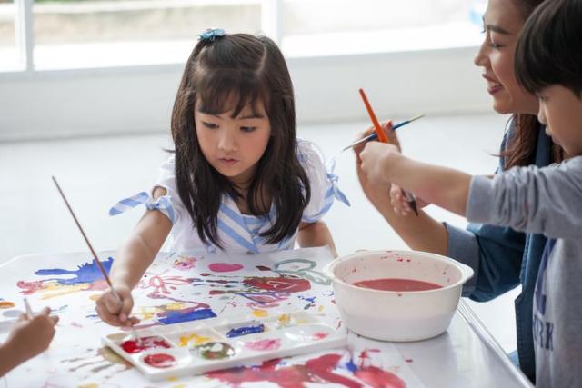 Ajari Anak Perbedaan Kebutuhan dan Keinginan, Lakukan 4 Tips Jitu Ini