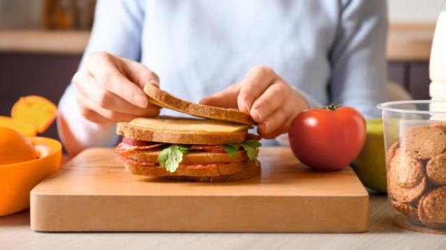 Jangan Gampang Percaya! Ini 5 Mitos Mengenai Penurunan Berat Badan
