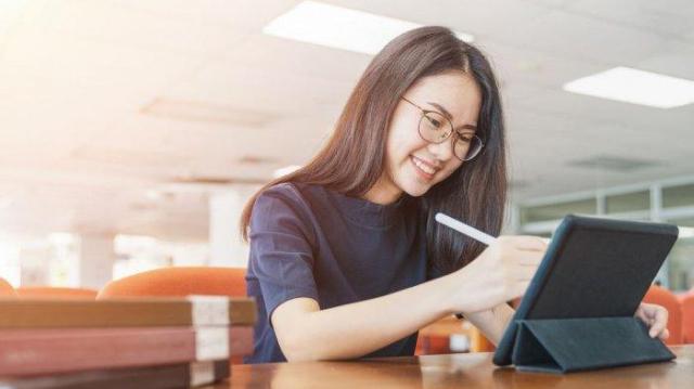 Bingung Soal Cara Melamar Kerja Online? Ini 5 Solusi Tepat Untukmu