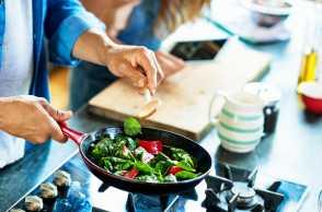 3 Tips Memasak Sayur, Biar Tetap Segar dan Kaya Nutrisi